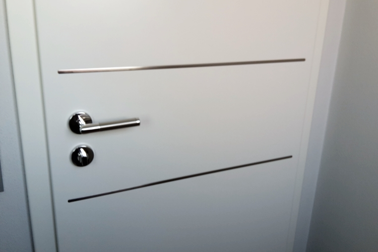 holzt ren reutlingen zimmert ren aus holz schallschutz und brandschutzt ren mistele holz. Black Bedroom Furniture Sets. Home Design Ideas